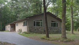 96 West Coulter Rd, Lapeer, MI 48446