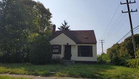 8909 Penrod St, Detroit, MI 48228