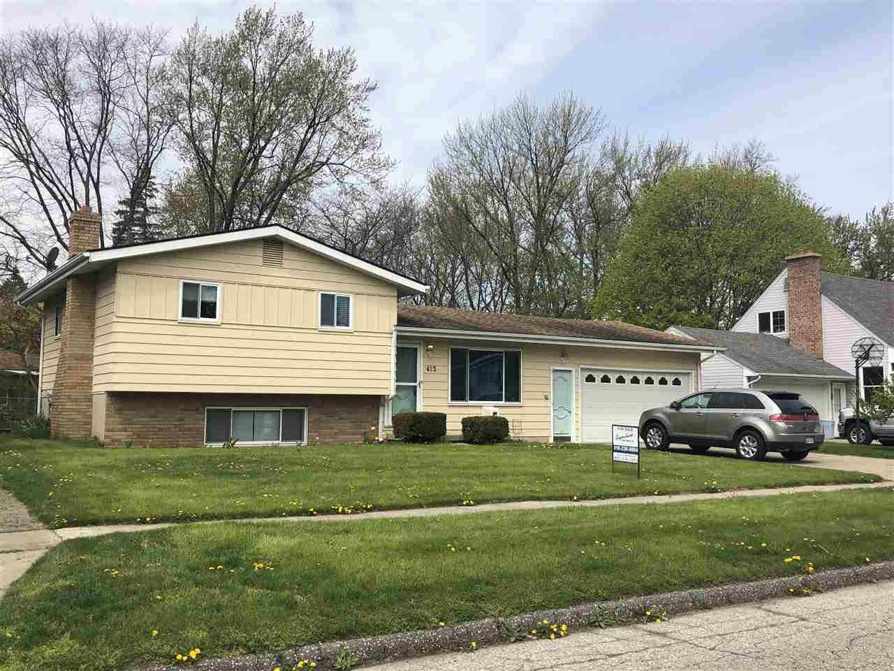 413 Chestnut Street, Flushing, MI 48433 now has a new price of $124,900!
