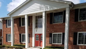 2434 Mulberry Sq #unit#53, Bloomfield Hills, MI 48302