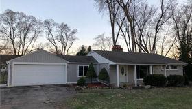 220 Michelson Rd, Rochester Hills, MI 48307