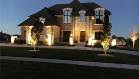 3917 Piccadilly Dr, Rochester Hills, MI 48309
