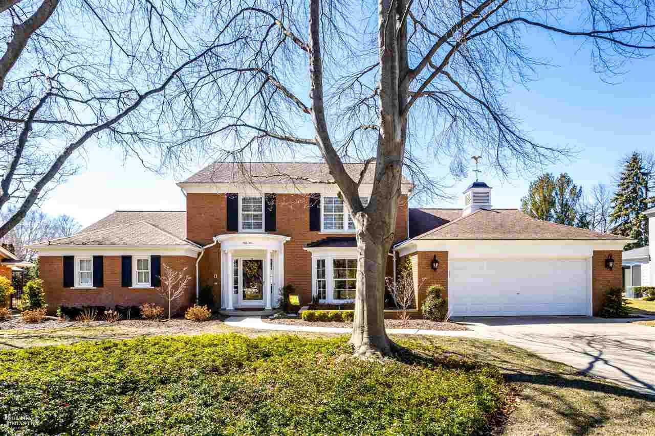 53 Stonehurst, Grosse Pointe Shores, MI 48236 has an Open House on  Sunday, April 7, 2019 2:03 PM to 4:04 PM