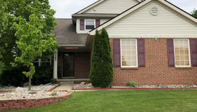 5582 Still Meadow Ln, Grand Blanc, MI 48439