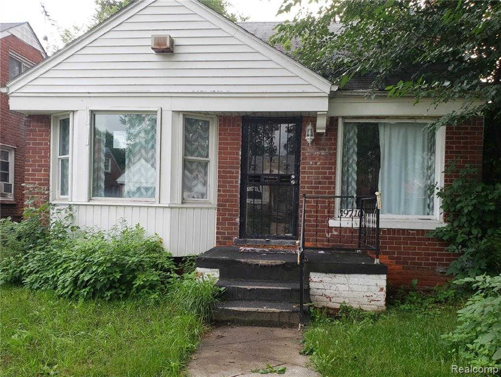 19710 Mansfield St, Detroit, MI 48235 now has a new price of $45,000!