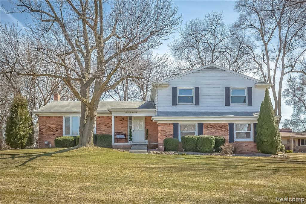 Another Property Sold - 2657 Warwick Dr, Bloomfield Hills, MI 48304