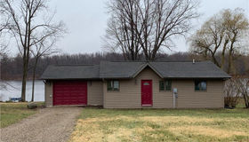 5030 Birch Dr, Mayville, MI 48744