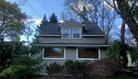 5560 Evergreen Avenue, Orchard Lake, MI 48324