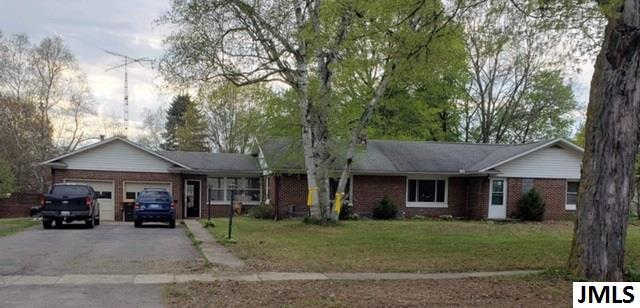 418 North Chicago Rd, Litchfield, MI 49252 now has a new price of $135,000!