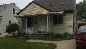 462 West Dallas Ave, Madison Heights, MI 48071