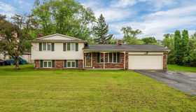 10200 Village Sq, Brighton, MI 48114