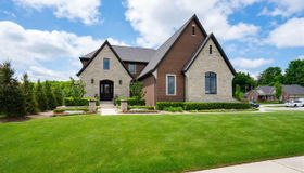 61393 Admiral Dr., Washington twp, MI 48094