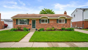 31648 Kenwood Ave, Madison Heights, MI 48071