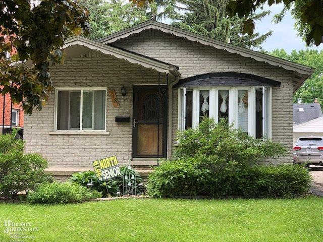 Video Tour  - 2181 Hollywood, Grosse Pointe Woods, MI 48236
