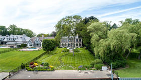 992 Lake Shore Rd, Grosse Pointe Shores, MI 48236