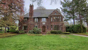 1060 Berkshire, Grosse Pointe Park, MI 48230