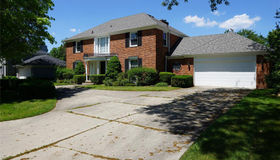 76 Willow Tree plc, Grosse Pointe Shores, MI 48236