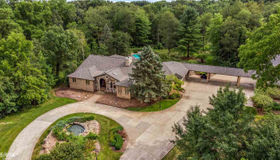 239 Piney Hill Rd., Oakland, MI 48363