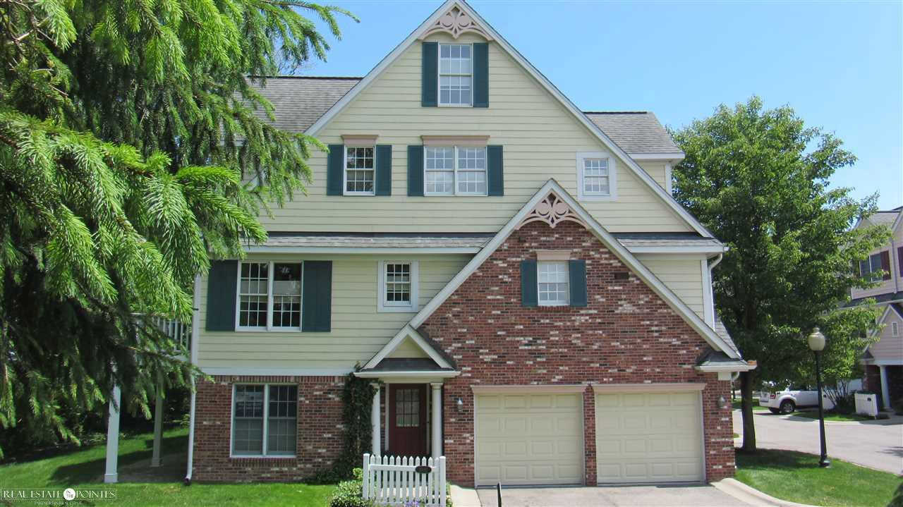 26011 Felicity Landing #13, Harrison twp, MI 48045 is now new to the market!