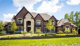 700 East Square Lake Rd, Bloomfield Hills, MI 48304