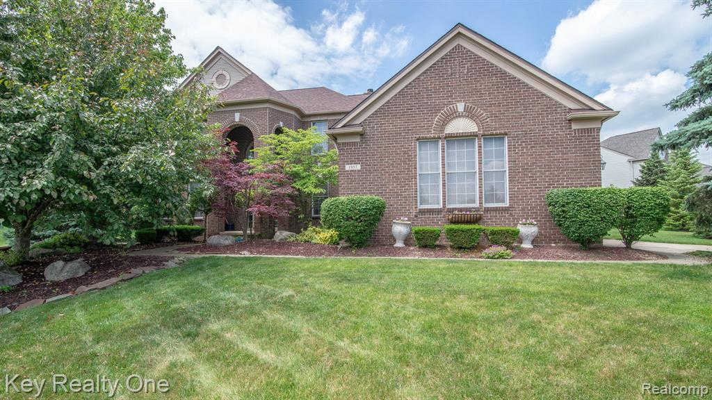 1957 Catlin Dr, Rochester, MI 48306 now has a new price of $450,000!