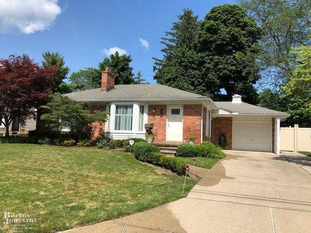 358 Roosevelt, Grosse Pointe, MI 48230 is now new to the market!