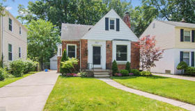 1427 Roslyn, Grosse Pointe Woods, MI 48236