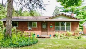 744 Patricia Ave, Ann Arbor, MI 48103