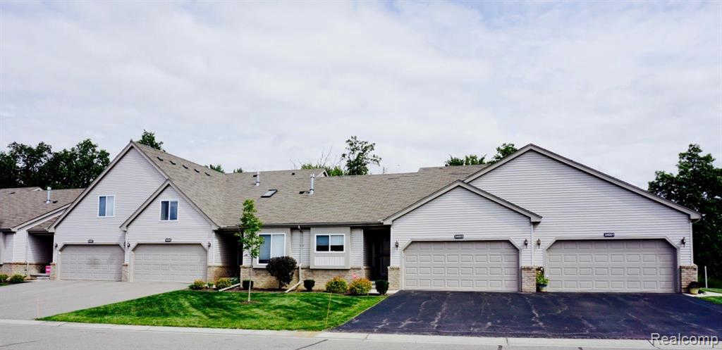 32006 Mitchell St, Grand Blanc, MI 48439 now has a new price of $214,900!