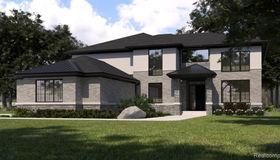 2360 Scotch Pine Dr, West Bloomfield, MI 48323