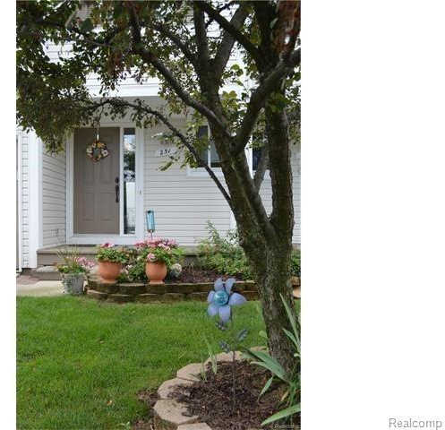 Another Property Sold - 251 River Dr, Wixom, MI 48393
