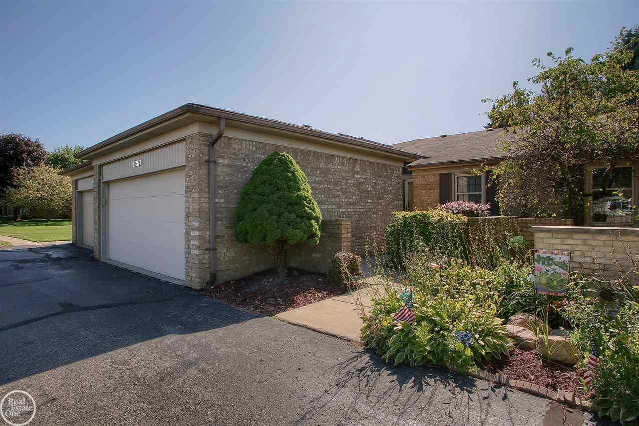 49436 Tarrytown Court #Unit #170, Shelby twp, MI 48315 now has a new price of $1,750!