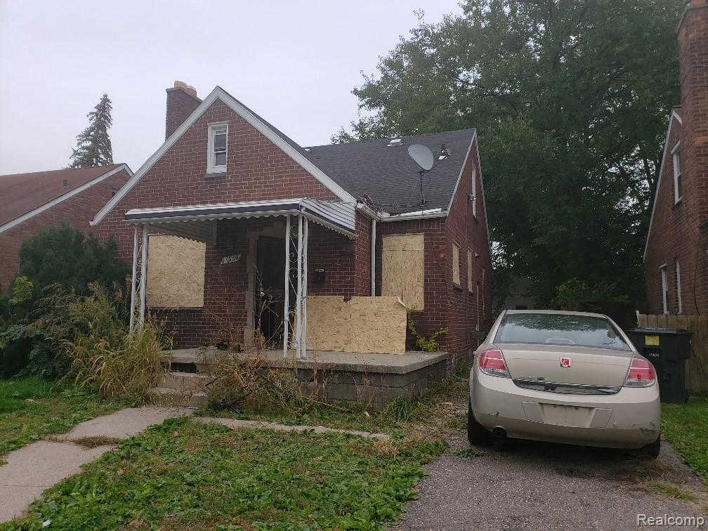 17554 Murray Hill St, Detroit, MI 48235 now has a new price of $25,000!