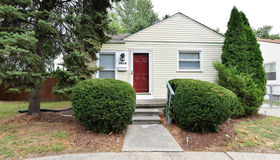 3014 Crooks Rd, Royal Oak, MI 48073