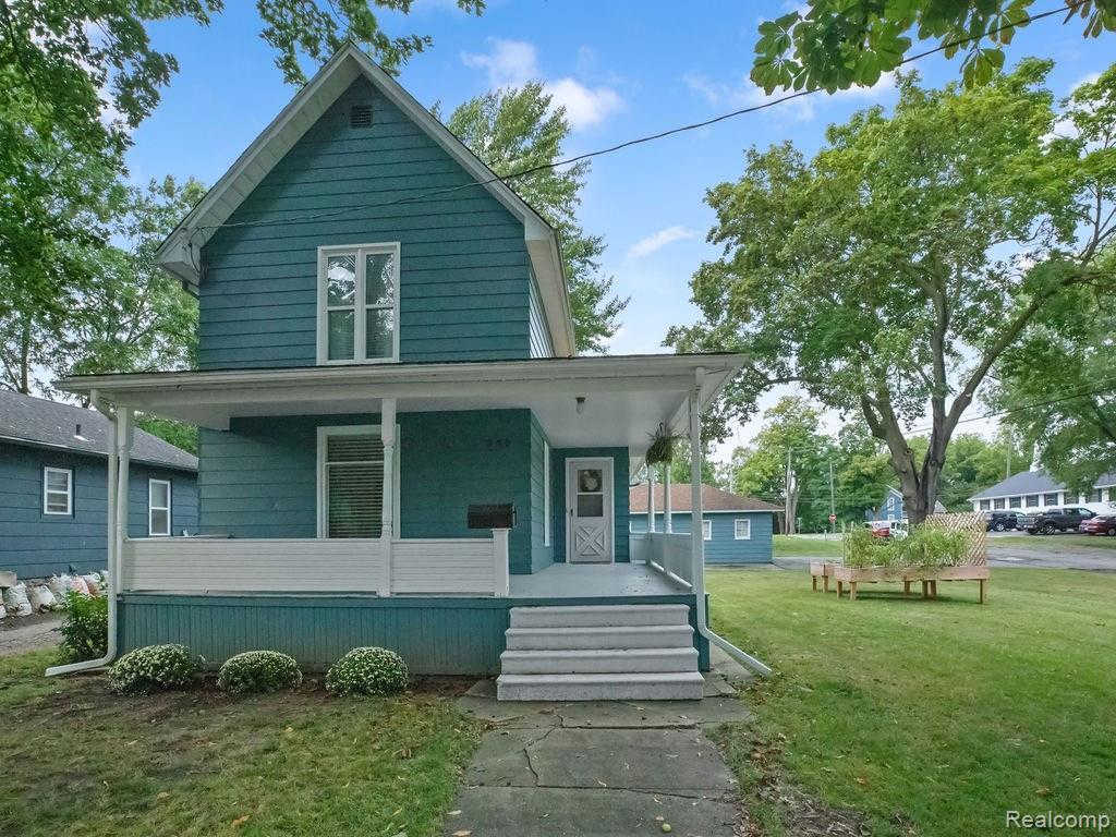 Another Property Sold - 345 North Oak St, Fenton, MI 48430