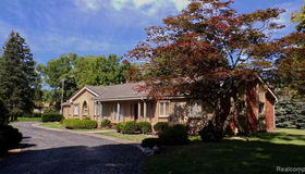1694 West Long Lake Road, Bloomfield Hills, MI 48302