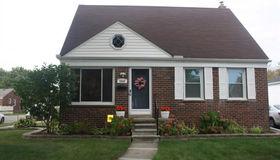 2666 Linden St, Dearborn, MI 48124
