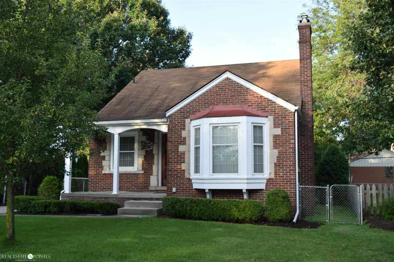 745 Loraine, Grosse Pointe, MI 48230 is now new to the market!