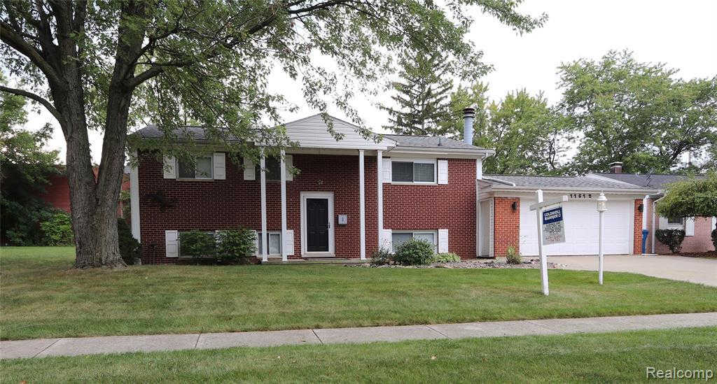 Another Property Sold - 11512 Hazel Ave, Grand Blanc, MI 48439