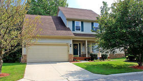 41583 Sleepy Hollow Dr, Novi, MI 48377