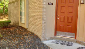 27384 Evergreen Rd #unit#1, Lathrup Village, MI 48076