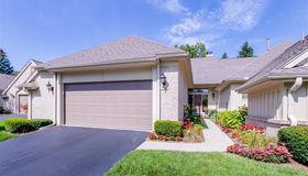 2432 Hickory Glen Dr #unit#29-Bldg#i, Bloomfield Hills, MI 48304