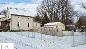 220 West Flint, Davison, MI 48423