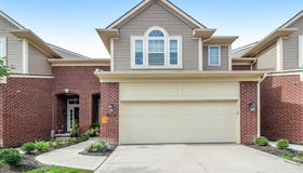 6580 Berry Creek Ln, West Bloomfield, MI 48322