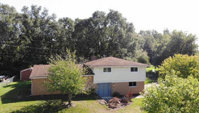 3656 Dill Dr, Waterford, MI 48329
