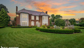 205 Lake Shore, Grosse Pointe Farms, MI 48236