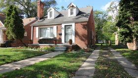 17579 Strathmoor St, Detroit, MI 48235