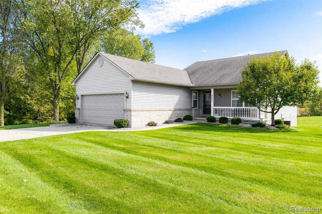 Another Property Sold - 8023 Pagels Dr, Grand Blanc, MI 48439