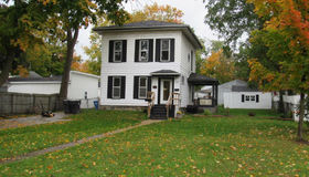 110 West Brooks St, Howell, MI 48843