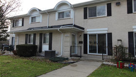 8583 Winchester Dr, Sterling Heights, MI 48313